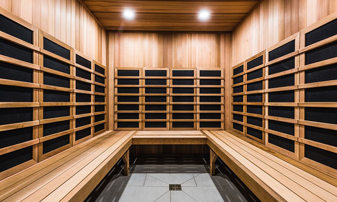Hot Tub & Infrared Sauna